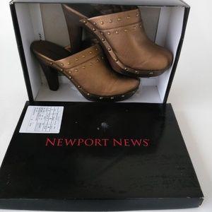 NEWPORT NEWS Bronze Platform Clogs